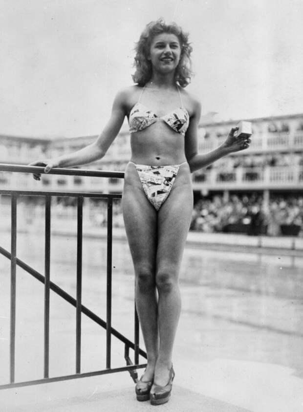 Мишлин Бернардини — французская стриптизёрша, единственная, кто согласилась сфотографироваться в бикини в 1946 году. история, ретро, фото