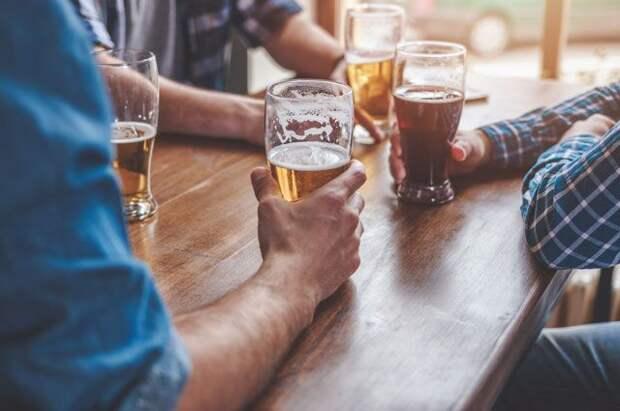 С пеной у рта. Немного пива полезно для сердца, а много — вредно для печени