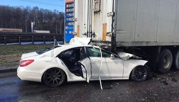 16‑летний подросток управлял автомобилем, столкнувшимся с фурой в Подольске