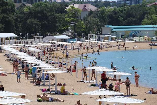 Роспотребнадзор предложил пускать на курорты Кубани переболевших COVID-19
