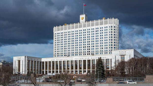 Кабмин: РФ справляется с коронавирусными сложностями успешнее других