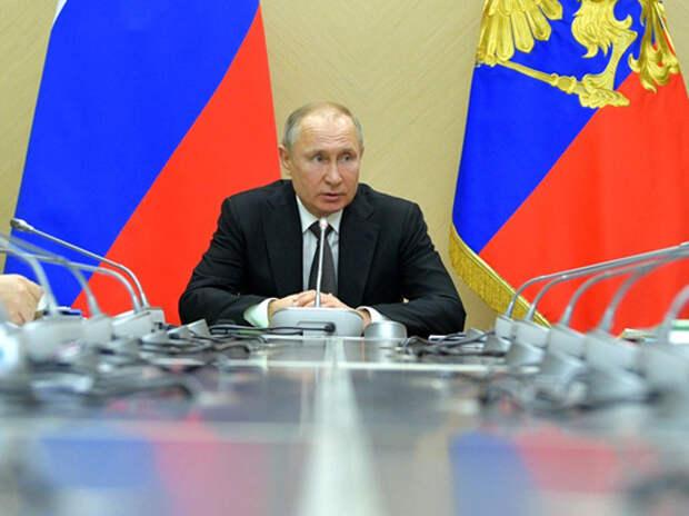 В Госдуме пообещали Путину титул