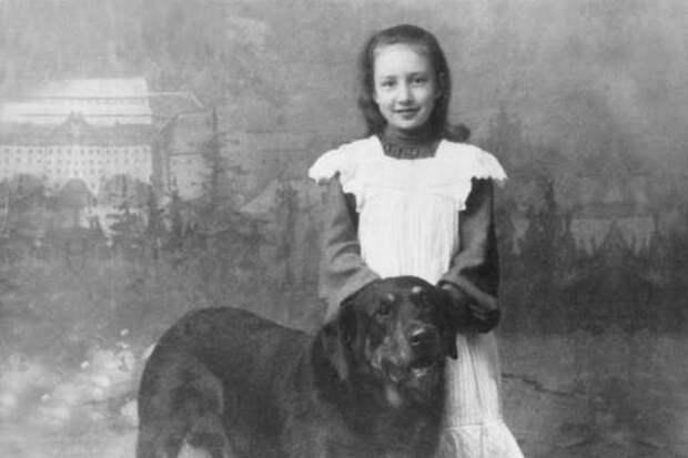 «Мне нравится, что вы больны не мной…»: Кому Марина Цветаева посвятила своё стихотворение