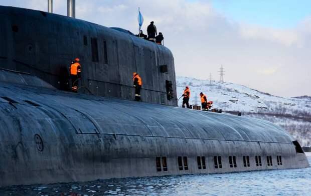 «Скукотища»: как на Западе отреагировали на всплытие трех российских АПЛ в Арктике