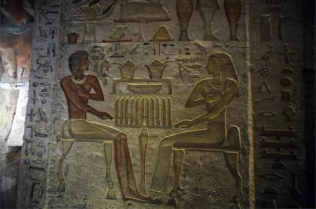 На фресках Ватайе изображен вместе с членами своей семьи 4400 лет, Египт, в мире, гробница, наука, находка