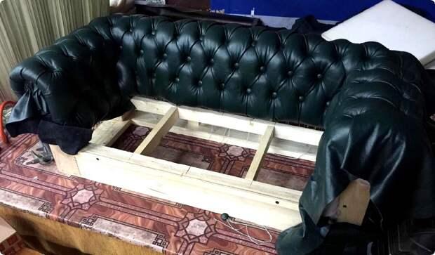 Перетяжка мягкой мебели в Минске. Как выбрать мастера