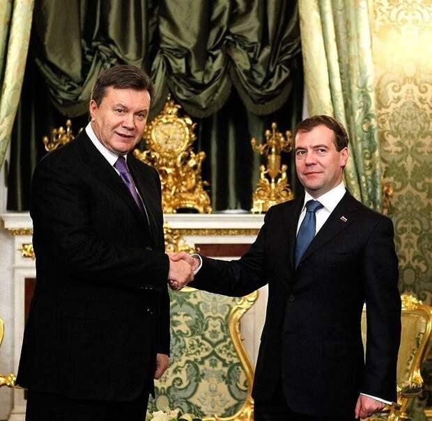 «Поймать за руку»: на Украине рассказали, почему нельзя разрывать «Харьковские соглашения» c РФ