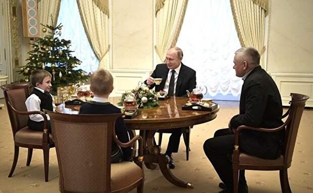 «Мечтай со мной»: Путин осуществил желание тяжелобольного мальчика из Петербурга