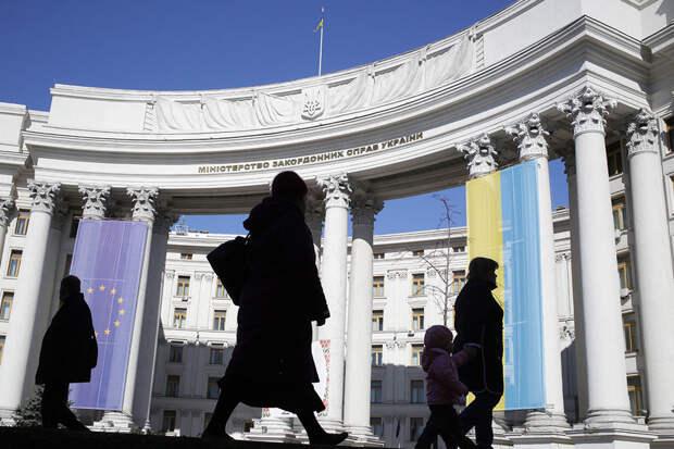 Российский консул в Одессе объявлен персоной нон грата на Украине