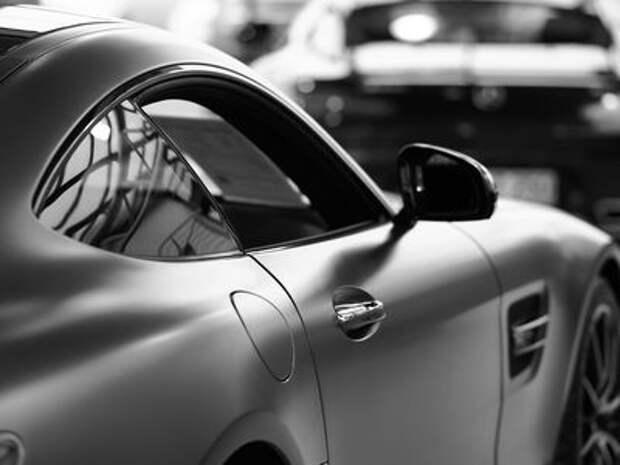 Берем быстрее: налоговики не считают Bugatti и Mercedes-AMG роскошью!