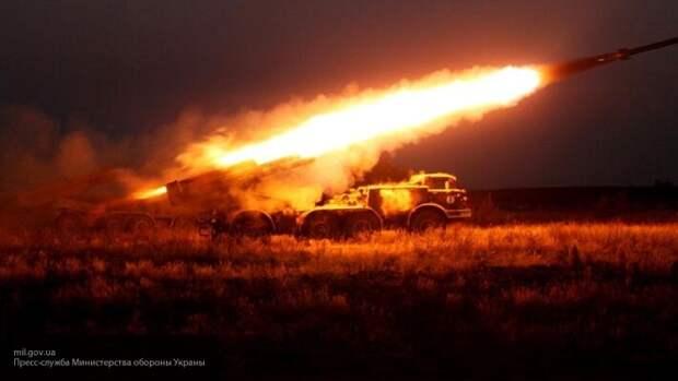 «Вот так нас Украина возвращает»: житель Донбасса показал видео артобстрела ВСУ