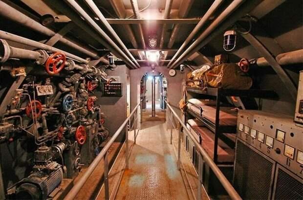Спальные места персонала на U-571 армия, подводные лодки, флот