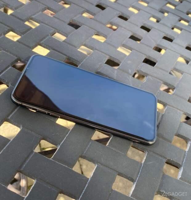 Представлены реальные фото iPhone 12