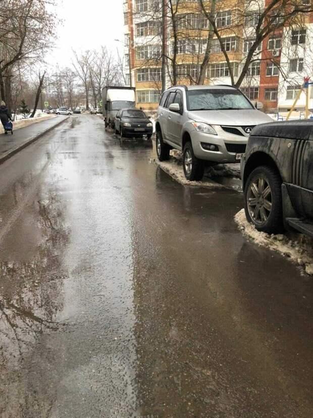 Подтопление в проезде Черского ликвидировали – управа