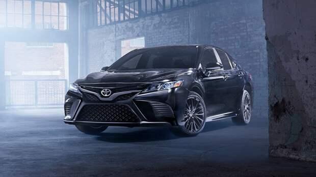 Toyota Camry вышла в полноприводной модификации