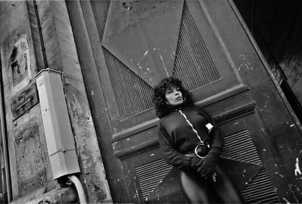 Труженицы секс-индустрии с улицы Сен-Дени. Фотограф Массимо Сормонта 40