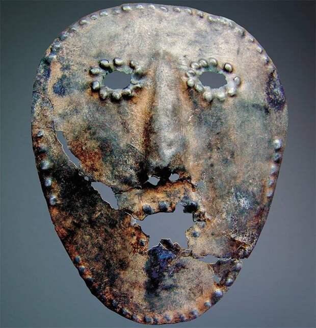 Н.В. Федорова. Территория предков. Костяной человек и другие артефакты с древнего святилища