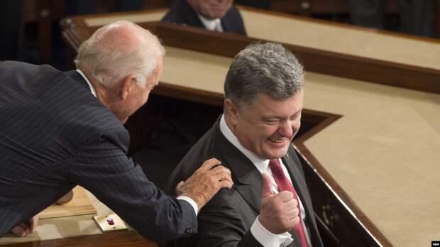 Развращал Порошенко и разрушил страну – Байдена на Украине сравнили с чертом