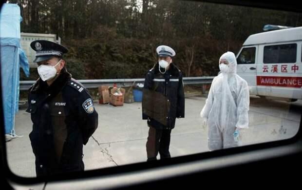 В Пекине ввели военное положение из-за вспышки коронавируса