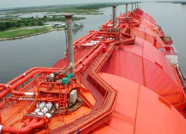 СПГ танкер Азия