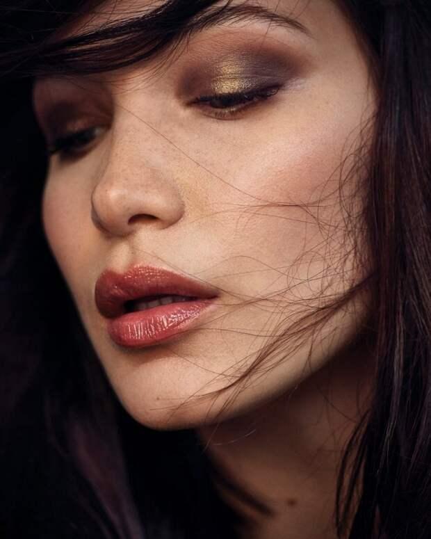 Белла Хадид (Bella Hadid) в фотосессии для журнала Vogue Korea (Январь 2018)