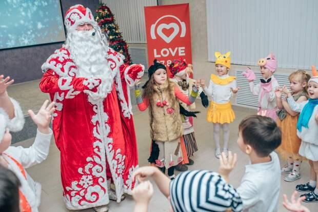 В Ижевске завершилось голосование за лучшую творческую работу в конкурсе «А у нас Новый год!»