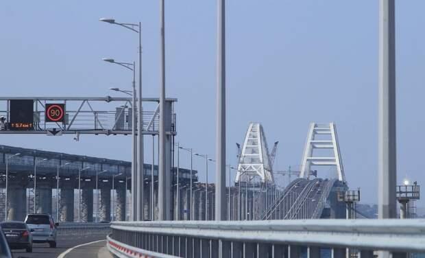 На Крымском мосту появился блокпост со стороны материка