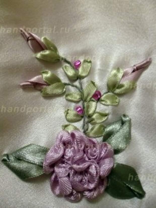Изготовление розы из лент для украшения саше