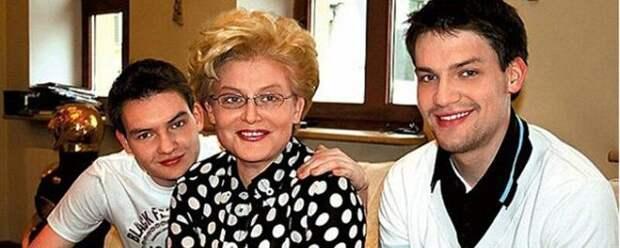 Елена Малышева рассказала о свадьбе младшего сына в США