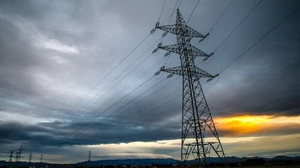 В Украине из-за непогоды без света остались более 500 населенных пунктов