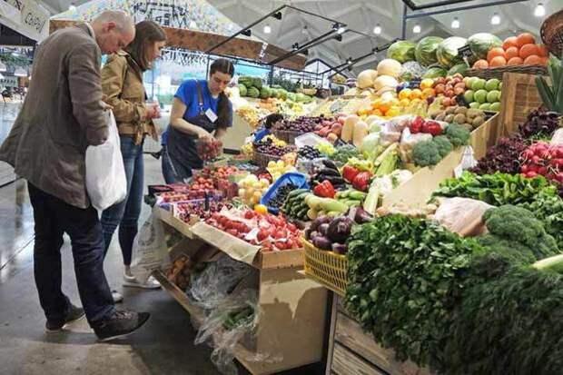 Россияне привыкли к нарушению их потребительских прав: где обманывают больше