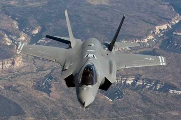 Пилотам F-35 ВВС США запретили подлетать к российским С-400 ближе, чем на 600 км