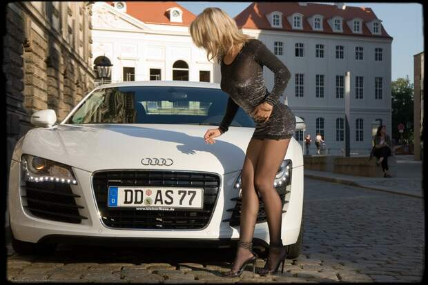 Про блонди за рулем