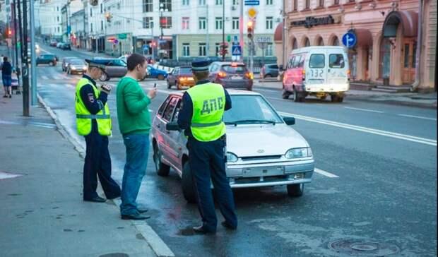 ВКазани инспекторы будут искать «шумных» водителей