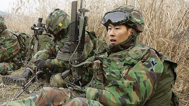 Сон пройдет службу вармии Южной Кореи. Его ждут марш-броски на30км, рукопашный бой ислезоточивый газ
