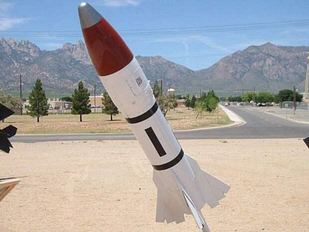 Первая в мире ядерная ракета класса «воздух-воздух»
