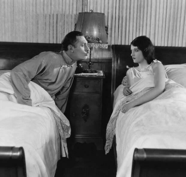 Как всё-таки лучше спать? Вместе или раздельно?