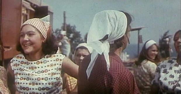 """Нина Маслова в фильме """"Русское поле"""" (1971)"""
