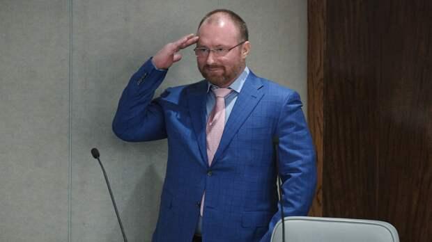 «1937год. Хотите вернуться?» Депутат Лебедев осудил наказание вратаря Фролова после интервью скритикой Путина