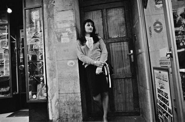 Труженицы секс-индустрии с улицы Сен-Дени. Фотограф Массимо Сормонта 27