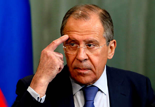 Россия готова отказаться от диалога с ЕС и США. Запад сдает назад.