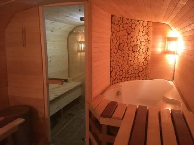 Комфортабельная баня из КУНГа своими руками