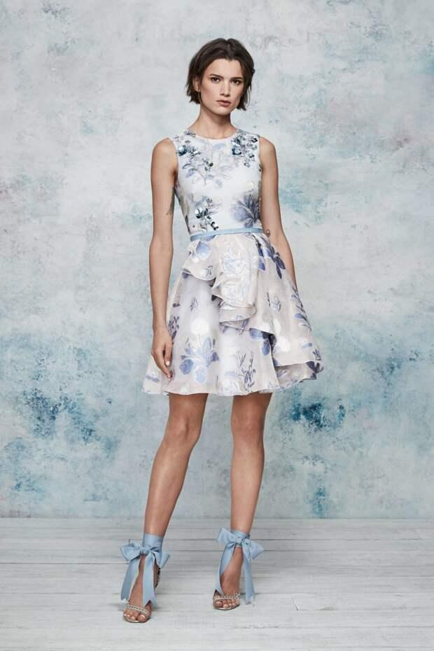 Новая коллекция прекрасных коктейльных и вечерних платьев весна-лето 2019.