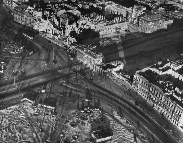 1443 Послевоенный Берлин с высоты птичьего полета