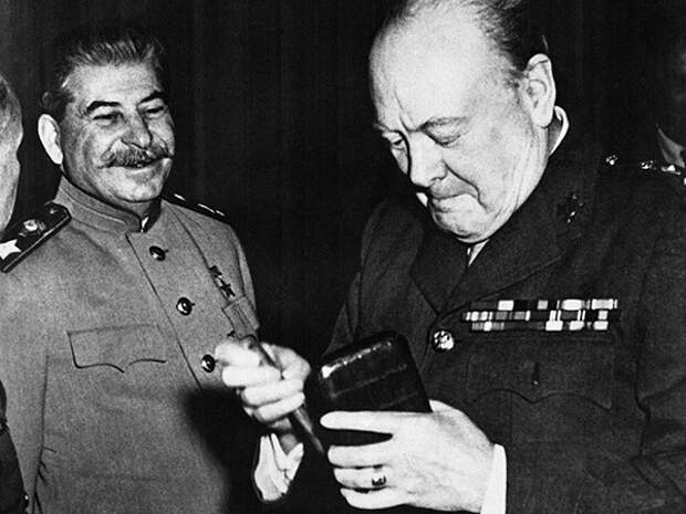 Как на самом деле Черчилль относился к СССР