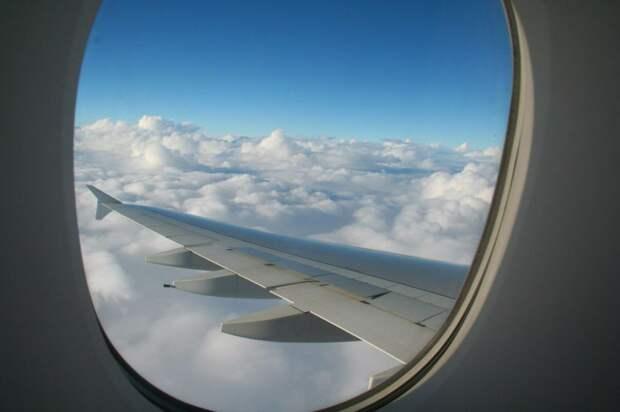 Почему самолеты белые, а иллюминаторы в них —  круглые?