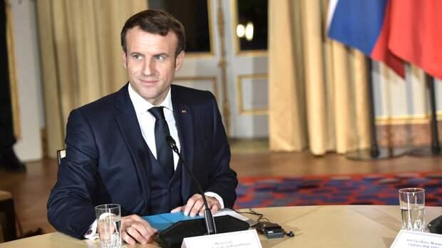 Президент Франции Макрон планирует вскором времени провести переговоры сПутиным