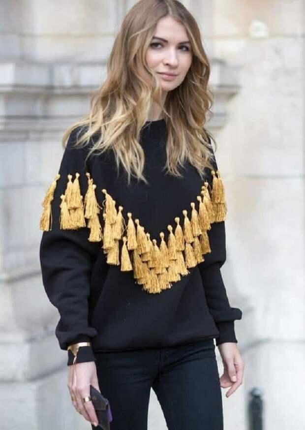 декор свитера кружевом