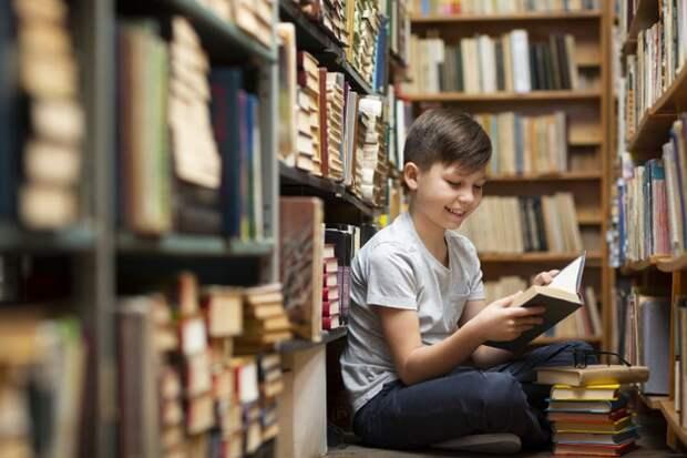 Психолог составила список лучших книг для детей