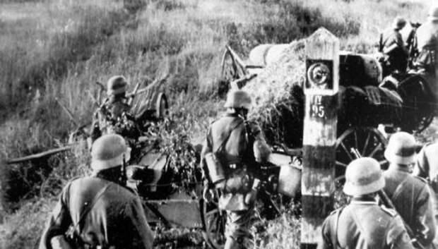 Оцифровка архива военкомата об участниках ВОВ завершилась в Подмосковье